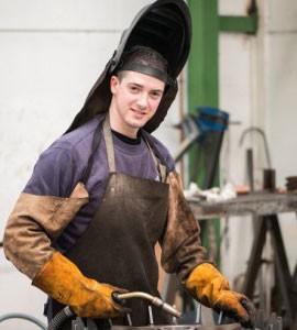 Torno Metal para Fabricacion de Piezas Industriales - Cortec