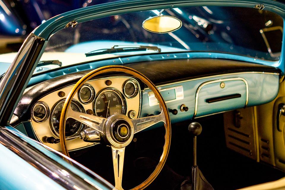 Restauración de piezas de coche antiguo - Cortec Mecanizados